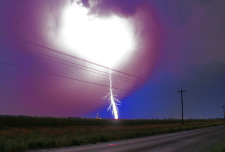 lightning-behind-power-lines-1547793-639x430