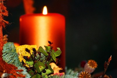 advent-wreath-and-candle-christmas-1442871-639x426